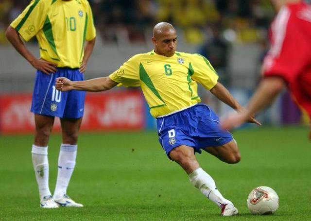Легенда футбола - Роберто Карлос