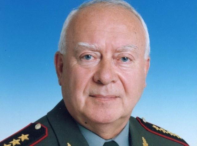 Министр обороны - Родионов