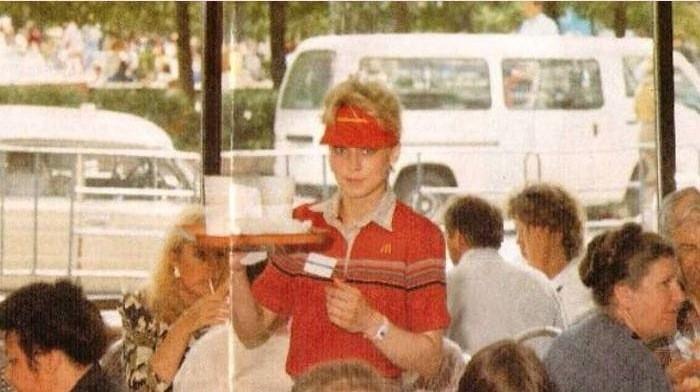 Чем кормили в первом McDonald's в России